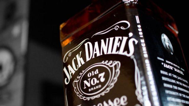 30種類以上のウイスキーから選べるハイボールが飲めるのはHOME〜アメリカンウイスキーの巻〜